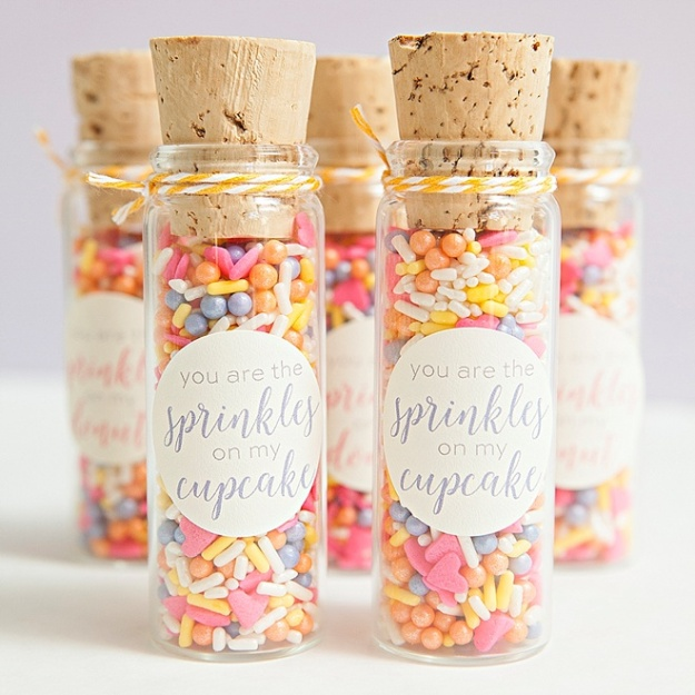 DIY-Custom-Sprinkle-Mix-Favors_0003
